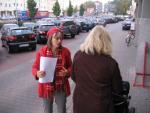 Flugblattverteilen bei Bon Prix in Dortmund
